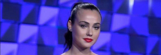La confessione di Rosalinda a Verissimo: «Ho presentato Andrea Zenga a Gabriel Garko. Dayane? Mi ha delusa ma..»