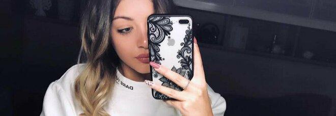 Palermo, Roberta trovata morta a 17 anni. Il fidanzato fa scoprire il cadavere. Il legale del 19enne: «Non ha confessato»