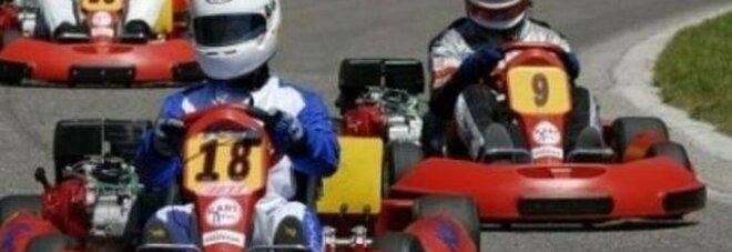 Scontro moto-kart sulla pista, un morto e un ferito grave