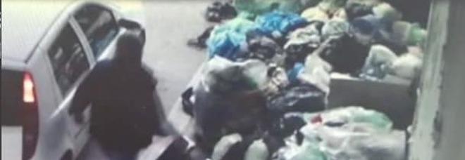 Marcianise, la crociata di Velardi:  «Ecco i furbetti dei rifiuti»   Video