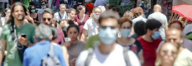Covid Italia, bollettino 25 luglio: 4.743 casi e 7 morti. Tasso di positività sale al 2,7% (+0,7%)