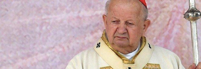 Pedofilia, il cardinale Dziwisz nella bufera appoggia commissione d'inchiesta: «Accertate la verità»