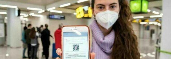 Green pass, l'odissea dei vaccinati guariti che non ricevono il certificato: «Noi in un limbo burocratico»