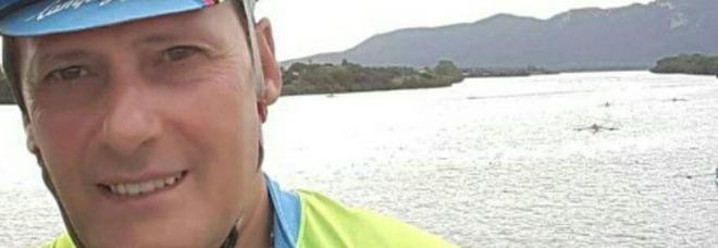 Covid Roma, commesso Carrefour muore a 56 anni. L'addio sui social: «Ciao Vincenzo»