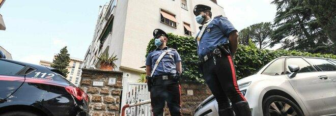 Roma, donna uccisa in casa alla Balduina con diversi colpi alla testa: fermato il marito