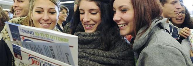 Istat: il tasso di disoccupazione scende al 10,2%. Tra i giovani ai minimi dal 2011