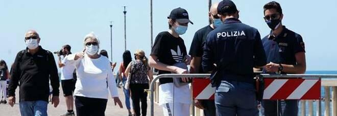 Fiumicino, lite tra giovanissimi: minorenne ferito con un coltello