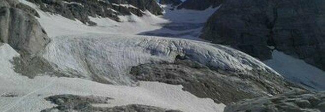 Clima, scioglimento dei ghiacciai: oltre 1000 laghi sulle alpi svizzere