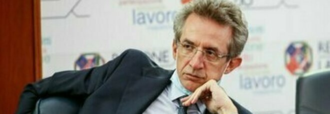Elezioni comunali a Napoli, Manfredi parla da candidato sindaco: «Napoli va sostenuta»