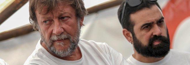 Nave Ong a Lampedusa, il capo missione è Luca Casarini: ex leader dei Disobbedienti del G8 a Genova