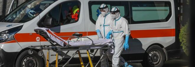 Covid in Campania, continua a calare l'indice dei contagi: 6,59%. Altri 12 morti