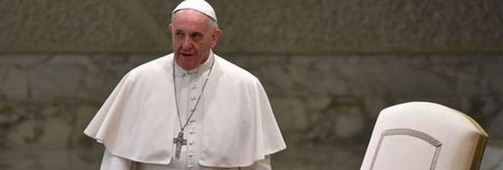 Il Papa e il sesso dono di Dio: «Ma solo tra uomo e donna»