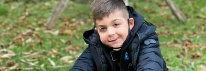 Il piccolo Gabriel muore a 9 anni nel Napoletano: «Vittima della Terra dei fuochi»