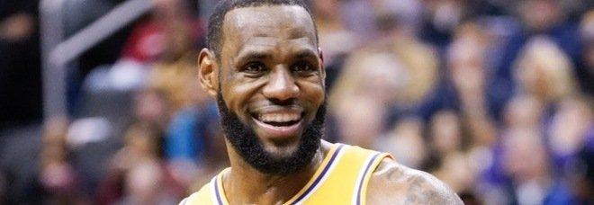LeBron è tornato: tripla decisiva e i Lakers battono Golden State