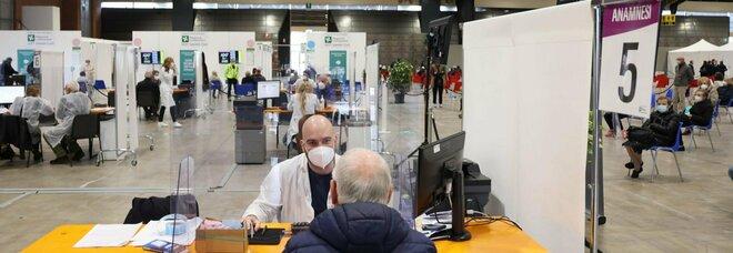 Covid, l'epidemia arretra: cala ancora l'indice Rt ma Sardegna e Sicilia in controtendenza