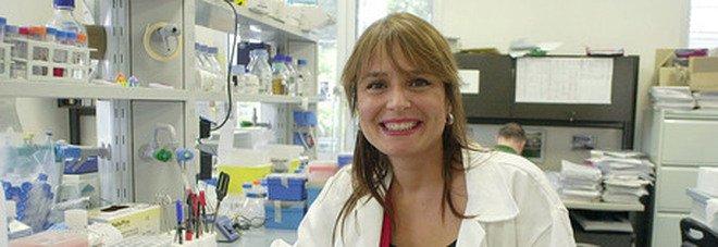 L'immunologa Viola boccia gli open day: «Dare AstraZeneca e J&J a giovani e donne è sbagliato»