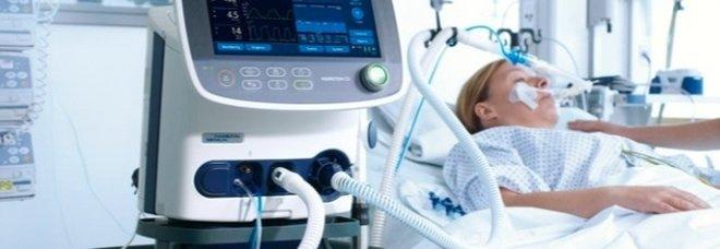 Regione Campania, il gruppo 5Stelle dona 2 respiratori con il taglio dello stipendio