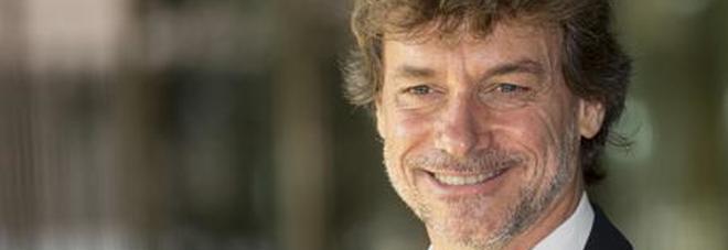 Alberto Angela diventa filosofo: il riconoscimento sul palco che ha premiato anche il papà