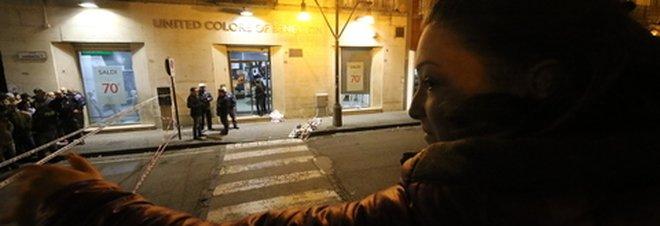 Uccide rapinatore nel Napoletano: il gioielliere rischia l'accusa di omicidio