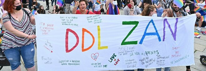 Ddl Zan, verso il rinvio. Slitta a settembre il voto ma continua lo scontro