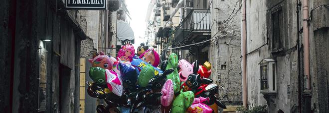A Napoli «Divini Quartieri Spagnoli»: fotografi e scrittori interpretano la Commedia dantesca