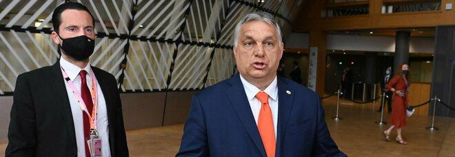 Orban non ritira la legge anti-gay, ira Ue. «Così l'Ungheria è fuori». Salvini: «No a intromissioni»