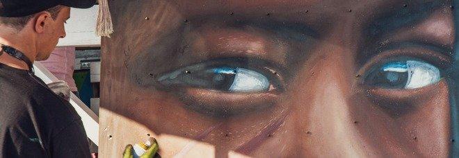 Jorit dipinge al Dum Dum for Africa: un murale contro la povertà del Sud