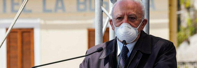 Capri Covid free, De Luca annuncia la vaccinazione di massa e accusa Figliuolo: «Penalizza la Campania»