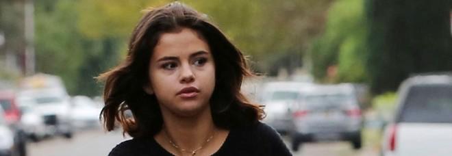Selena Gomez ricoverata in una clinica psichiatrica: ecco cosa è successo
