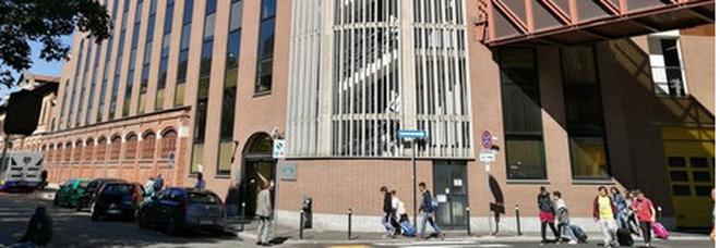 Torino, assolto dallo stupro perché «la vittima non ha urlato»: bisogna rifare il processo