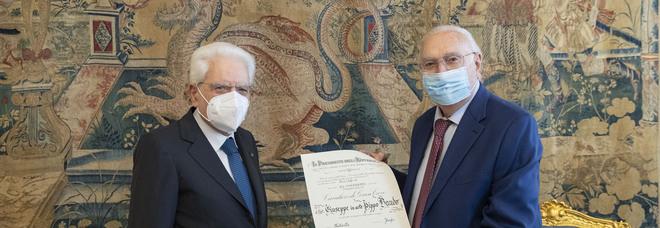Pippo Baudo Cavaliere di Gran Croce: «Mattarella è unico, ha salvato l'Italia»
