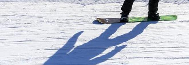 Courmayer, cade fuoripista: muore un giovane snowboarder