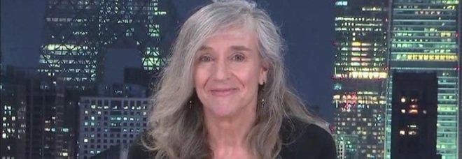 Striscia la notizia, Giovanna Botteri  manda un messaggio a Michelle Hunziker: «Non dobbiamo fare la pace, perché non abbiamo mai litigato»