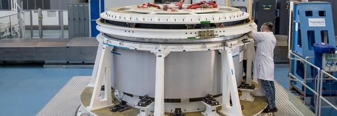 Tutti a bordo di Halo: emozioni spaziali nella casa sulla luna realizzata a Torino