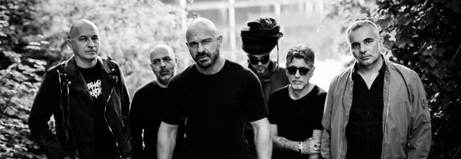«Indie, rock e dintorni» con Almamegretta, Fitness Forever, Speaker Cenzou e tanti altri all'ex base Nato di Bagnoli