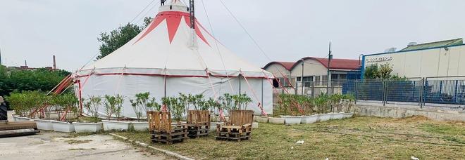 Barra, lavori e pulizie nella scuola visitata dal ministro Carfagna: occorrono altre risorse per la struttura