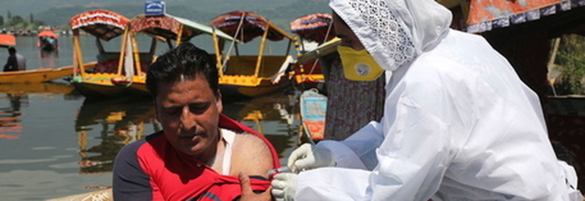 L'India ordina 300 milioni di dosi di un vaccino locale, ma non è ancora stato approvato