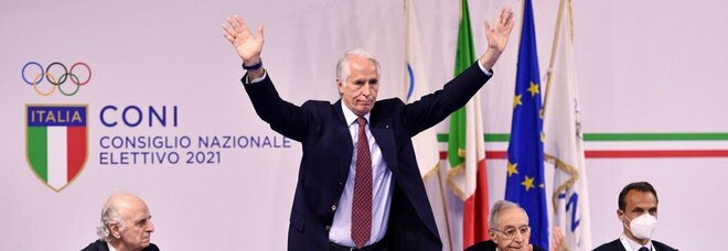 Tokyo, Malagò fissa l'obiettivo medaglie: «Viviani e Rossi simbolo sport vincenti»