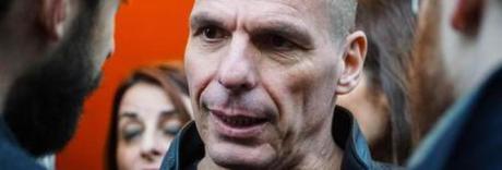 Basilicata al voto, spunta Varoufakis «Sarà una regione a impatto zero»