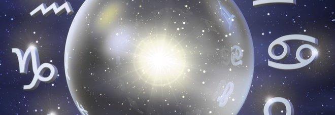 L'oroscopo di Branko per l'estate: amori duraturi per l'Ariete, calma consigliata al Leone
