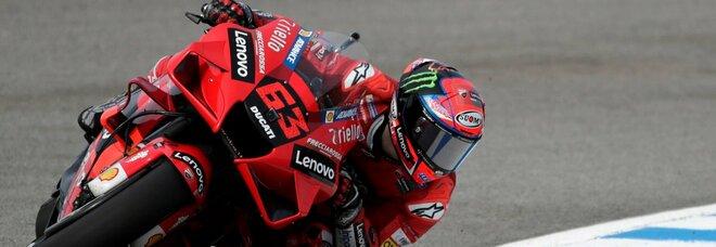 Moto Gp, Bagnaia si aggiudica le FP2 davanti a Quartararo ed Espargaro. Rossi 21°