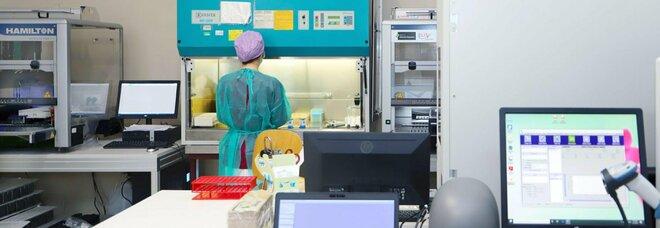 Variante Delta, focolaio a Torre del Greco: 27 positivi, sette già vaccinati con la prima dose