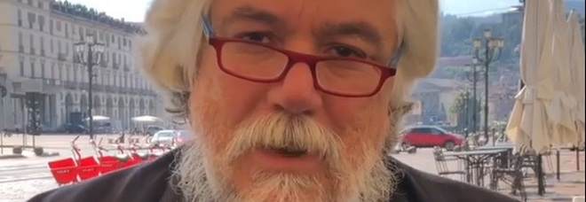 Alessandro Meluzzi choc dalla D'Urso: «Coronavirus è una falsa pandemia, malati pompati con terapie sbagliate»