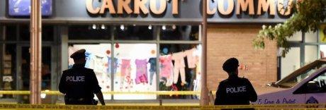 Terrore a Toronto, spari in strada: un morto e 14 feriti, ucciso il killer