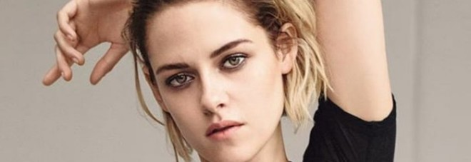 Kristen Stewart: «Sogno di fare un supereroe gay, ma Hollywood mi boicotta perché ho la fidanzata»