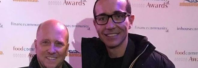 """I """"foodcommunity Awards"""" premiano Gino Sorbillo come Ambasciatore della Pizza nel Mondo"""