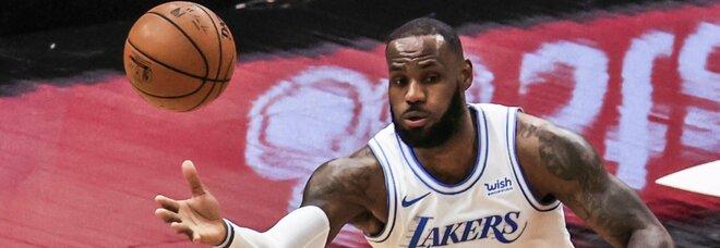 NBA, i Lakers perdono ancora. Clippers ok anche senza Leonard e George