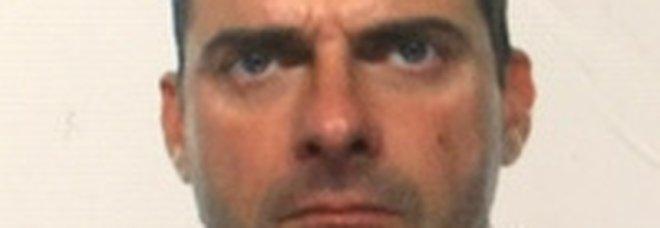 Ferrara, consigliere Lega Luca Caprini mette like ai forni crematori