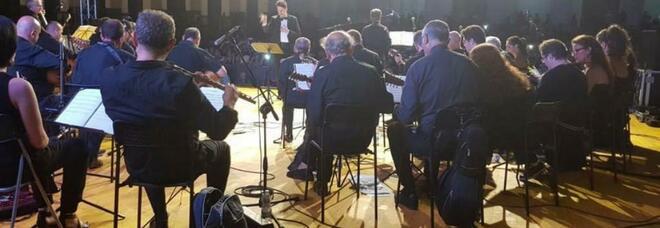 «Mandolini sotto le Stelle», incanto musiciale a Cardito