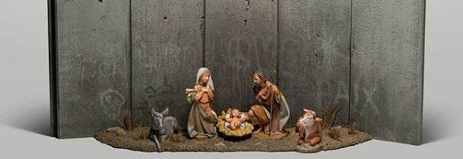 Banksy colpisce ancora: la nuova opera è un presepe di guerra a Betlemme